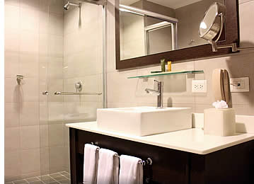 Bathroom of Deluxe Room at Tryp Panama Centro Hotel